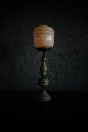 marble base side lamp >SOLD