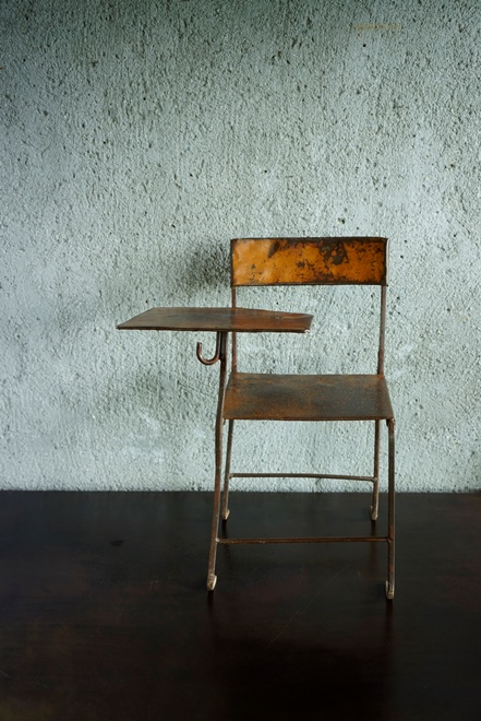 SOLD > child chiar+ table